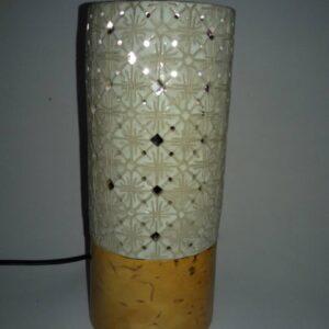 lampu meja keramik hias motif batik