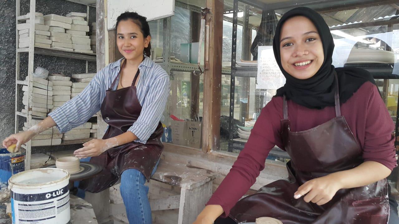 Workshop Seni Kriya Keramik Hias di Bandung